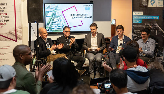 Panel Discussion with Marc Wagener (LabCampus), Olaf Groth (Hult International Business School), Johannes Kuhn (Süddeutsche Zeitung), Ryan Kelly (Virgin Hyperloop One) and Fábio Duarte (MIT Senseable City Lab), (left to right) LabCampus @ SXSW